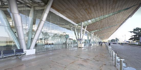 Ahmedabad-airport-departures-&-arrivals-international-terminal
