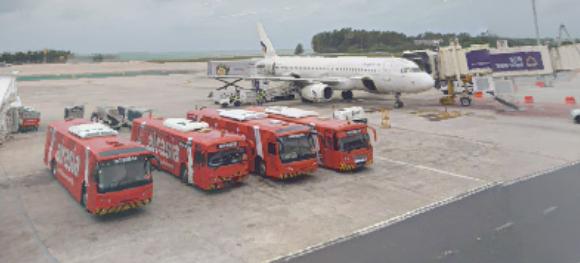 phuket-airport-departures-HKT-boarding-area