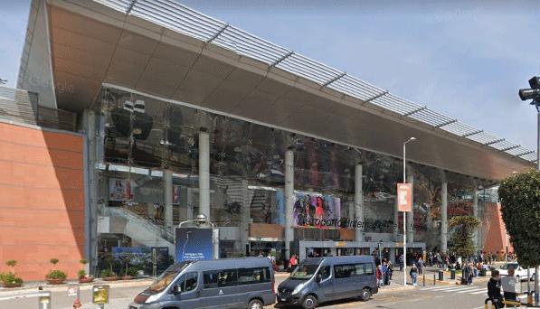 Naples-Airport-Departures-NAP-terminal-entry