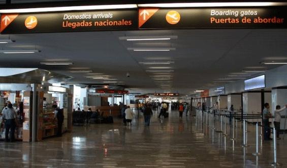 Guadalajara-Airport-Arrivals-GDL-domestic-arrivals-sign